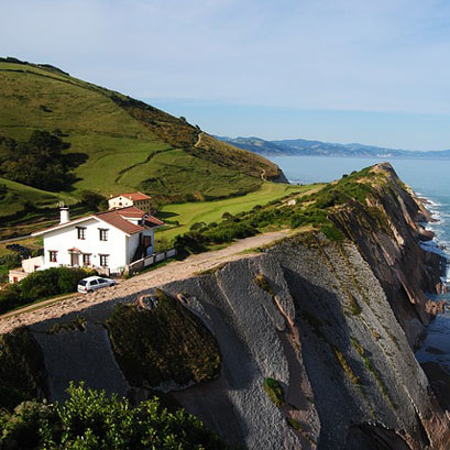 Mivoyagi-Travel-France-Basque-country