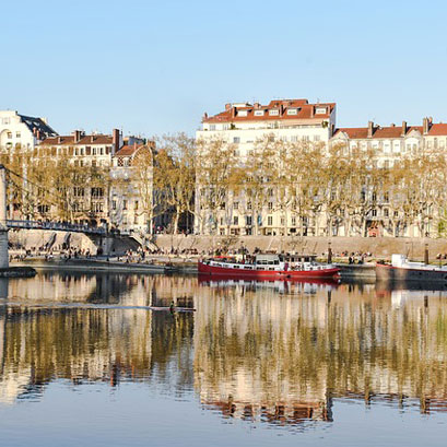 Mivoyagi-Travel-France-Lyon-and-the-alps